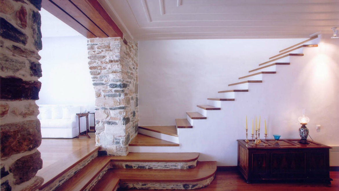TWO-STOREY RESIDENCE IN KASTRO, SIFNOS ISLAND