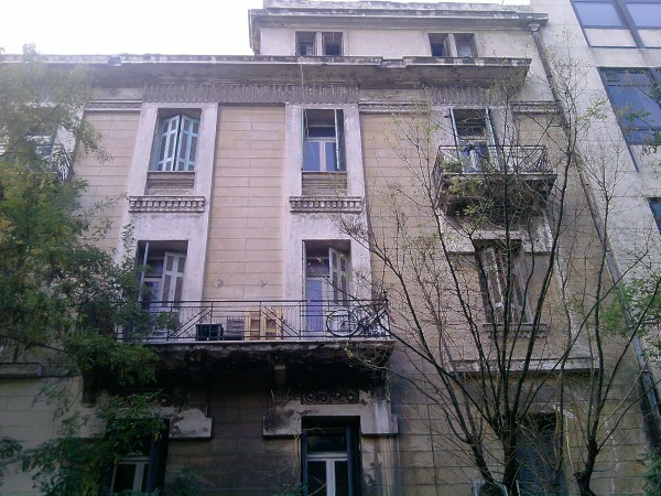 RENOVATION OF LISTED BUILDING ON DERIGNI 1 AND MAVROMATEON ST., ATHENS