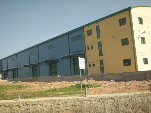 OFFICE AND WAREHOUSE BUILDING IN KOROPI, ATTIKI